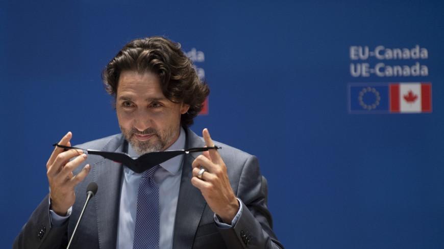Трюдо проиграл пари Байдену и в качестве подарка прислал ему копченого мяса по-монреальски