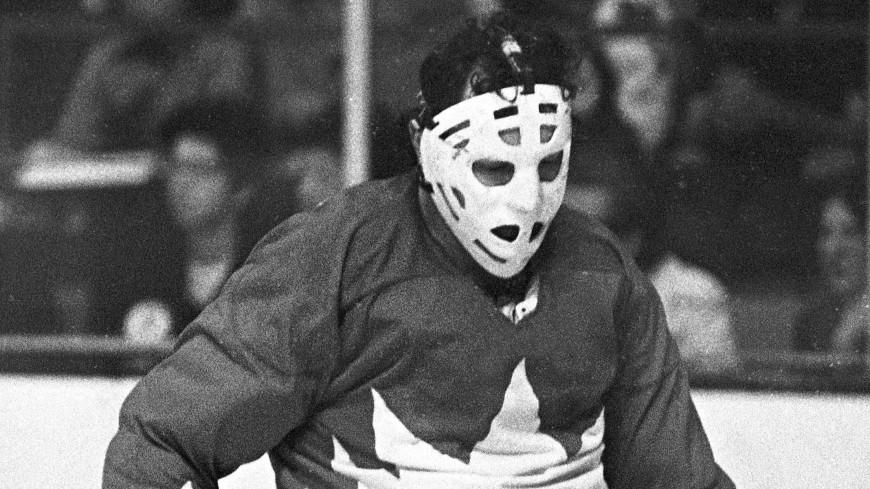 Легендарный хоккейный вратарь Тони Эспозито умер от рака