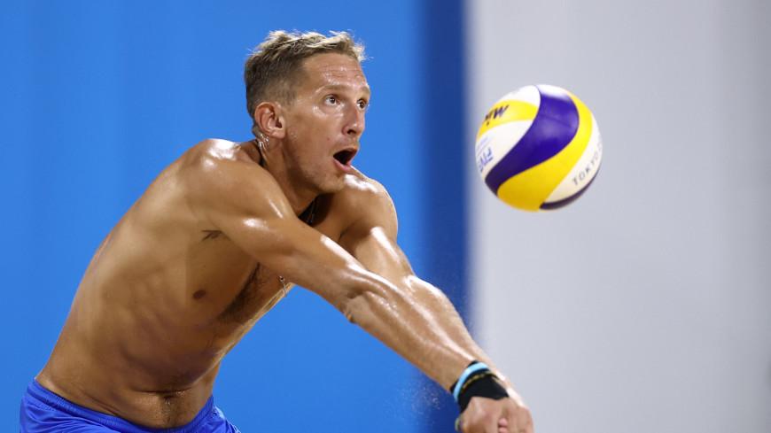Россияне Семенов и Лешуков вышли в четвертьфинал Олимпиады в пляжном волейболе