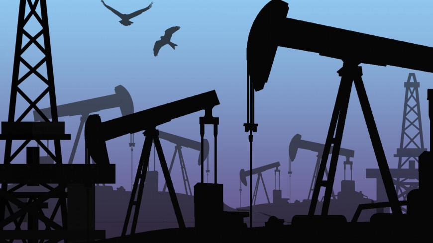 Цена нефти Brent впервые с 21 мая упала ниже $65