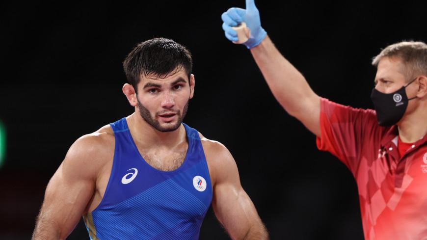 Российский борец Угуев пробился в финал ОИ и гарантировал себе минимум серебро