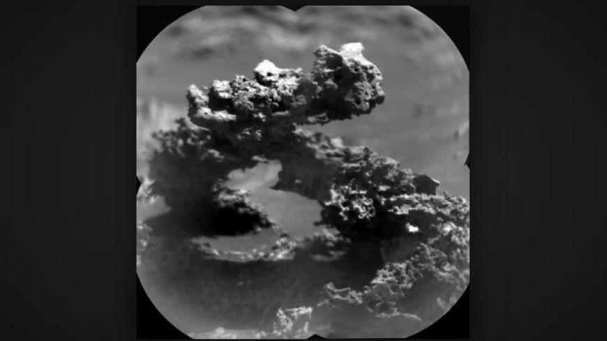На Марсе заметили «кошку на квадроцикле»