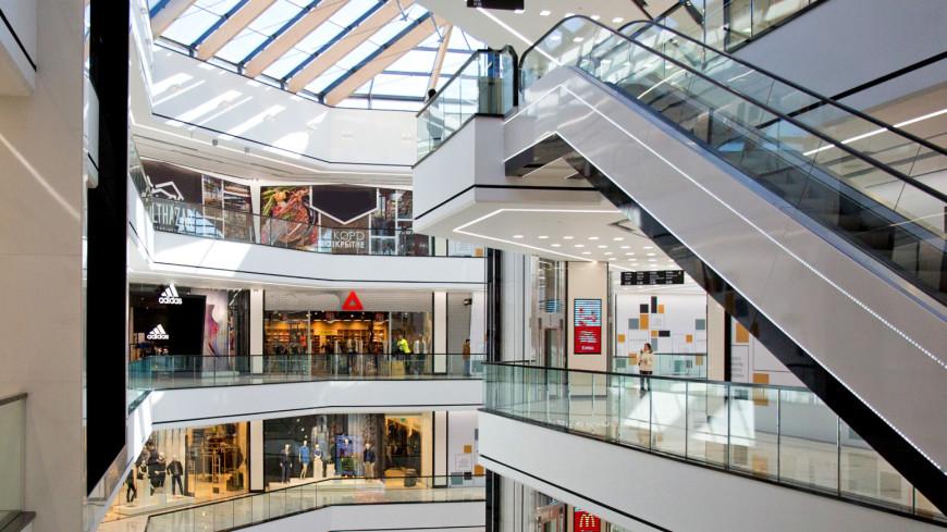 """Фото: Алексей Верпека (МТРК «Мир») """"«Мир 24»"""":http://mir24.tv/, торговый центр, магазин, магазины, распродажа, sale, эскалатор"""