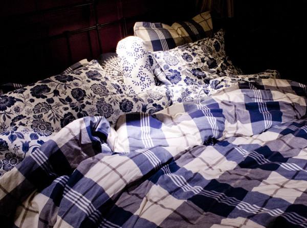 Сон, еда и хоровое пение: названы способы избежать деменции