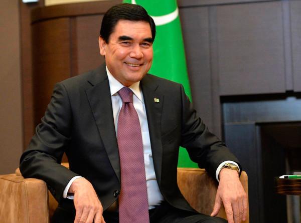 Бердымухамедов пригласил компании из Узбекистана строить парк «Ташкент» в Ашхабаде