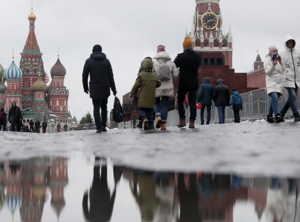 Оттепель, «барическая пила» и метели: как россияне пережили температурные аномалии
