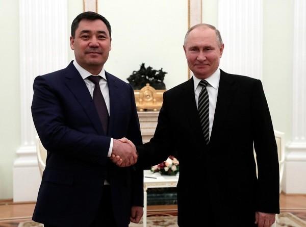 Наверстать упущенное: о чем договорились Путин и Жапаров