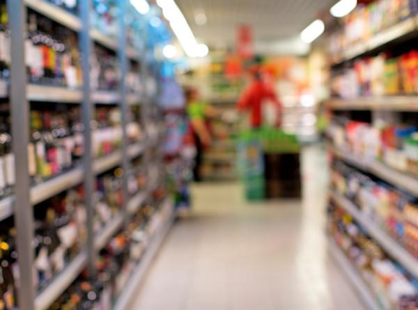 В Минпромторге заявили об отсутствии дефицита масла и сахара в магазинах