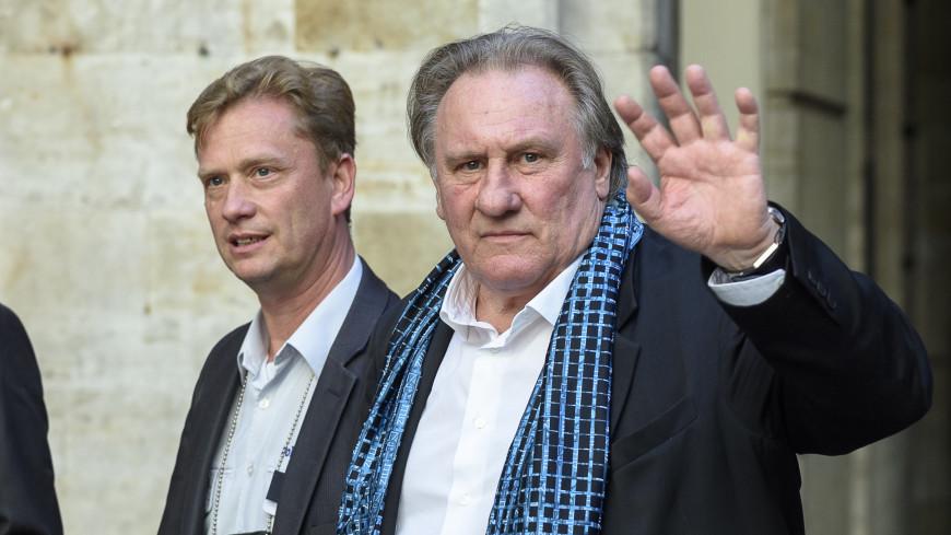 Жерару Депардье предъявили обвинение в изнасиловании
