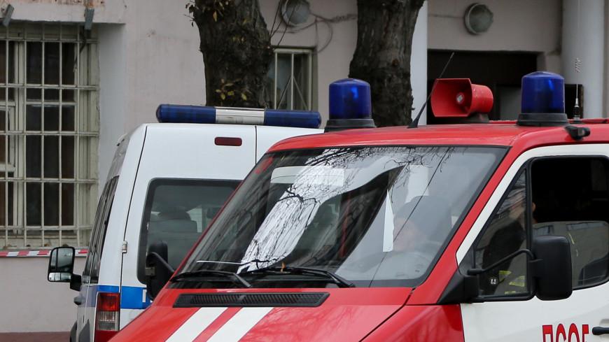 Полицейский вынес женщину из горящей квартиры на севере Москвы