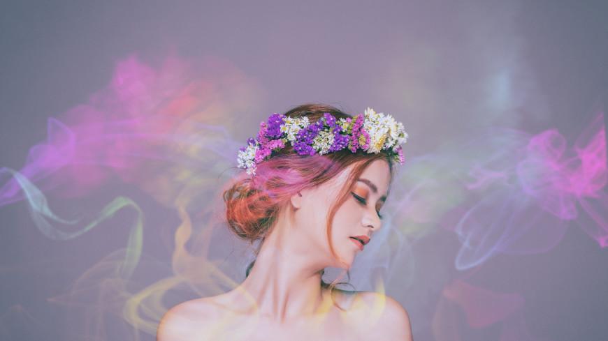 «Нет мужских и женских ингредиентов»: парфюмерный эксперт – о феромонах, афродизиаках и трендах