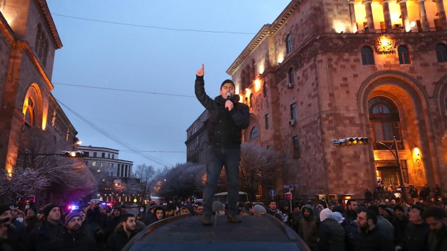 Противостояние в Ереване: Армен Саркисян провел переговоры с оппозицией