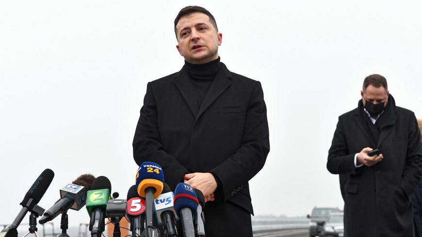 Без суда и следствия. Зеленский закрыл три украинских телеканала
