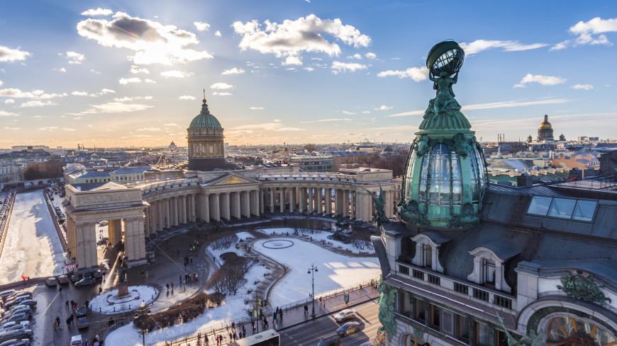 Петербург стал лидером популярных мест для поездок на 23 февраля и 8 марта