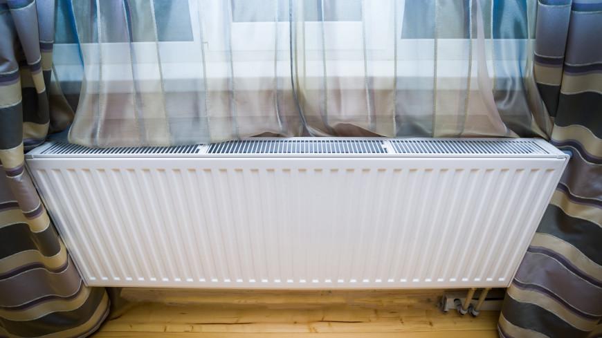Московские коммунальщики из-за холодов повысили температуру отопления