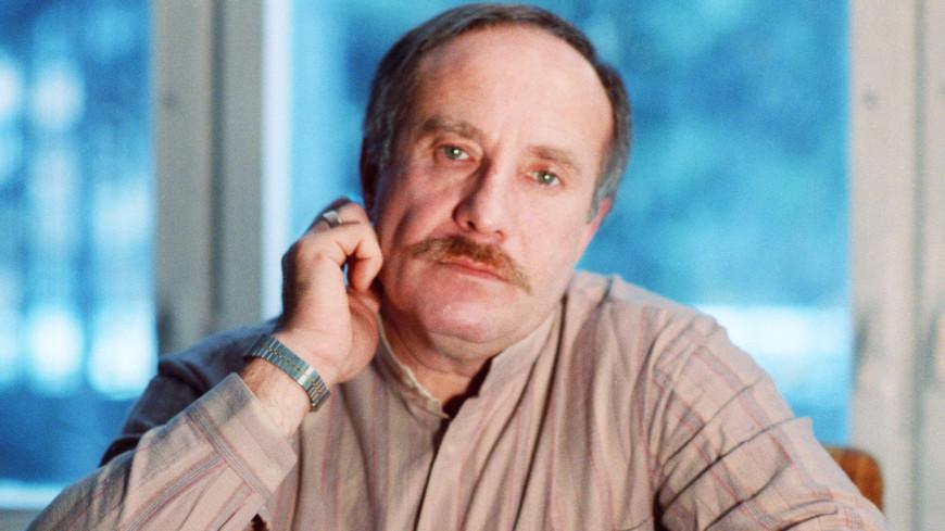Хулиган из Замоскворечья: творческий путь драматурга Эдуарда Володарского