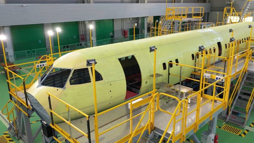Новый пассажирский самолет: в России собирают опытный образец Ил-114-300
