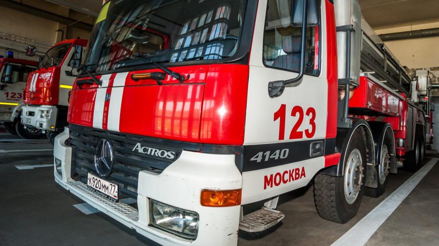 Площадь пожара на складе в Москве возросла до 1000 квадратных метров