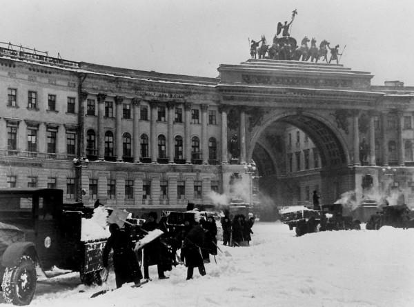 Подвиг ученых блокадного Ленинграда: как изобретения инженеров спасли тысячи жизней