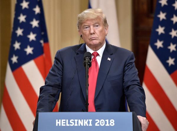 Трамп отменит ограничения на въезд в США для туристов из Европы и Бразилии