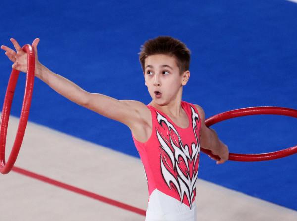 В Москве на турнире по художественной гимнастике впервые выступили юноши