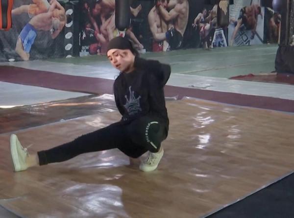 Опасный спорт: афганской девочке угрожают расправой за занятия танцами
