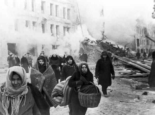 История блокады: сотни тысяч человек в Ленинграде погибли от голода