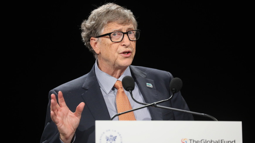 Билл Гейтс получил первую дозу вакцины от COVID-19