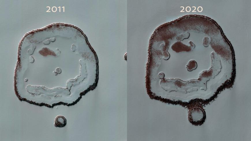 Астрономы заметили на Марсе растущее «лицо счастья»