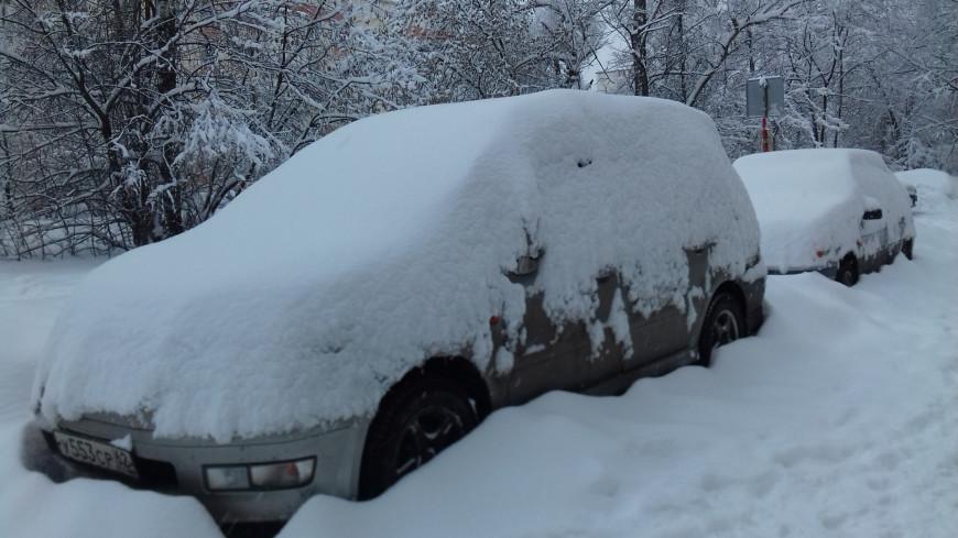 Более 100 автомобилей вытащил из снега в Москве Дорожный патруль ЦОДД