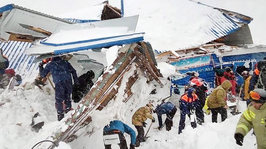 Трагедия на курорте Домбай: СК возбудил дело по статье «Халатность»