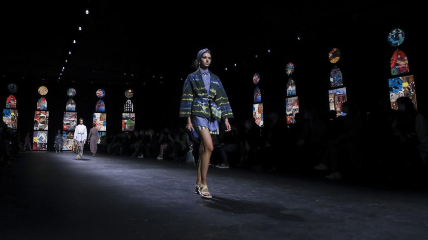 Неделя моды: показы в Париже проходят в онлайн-формате