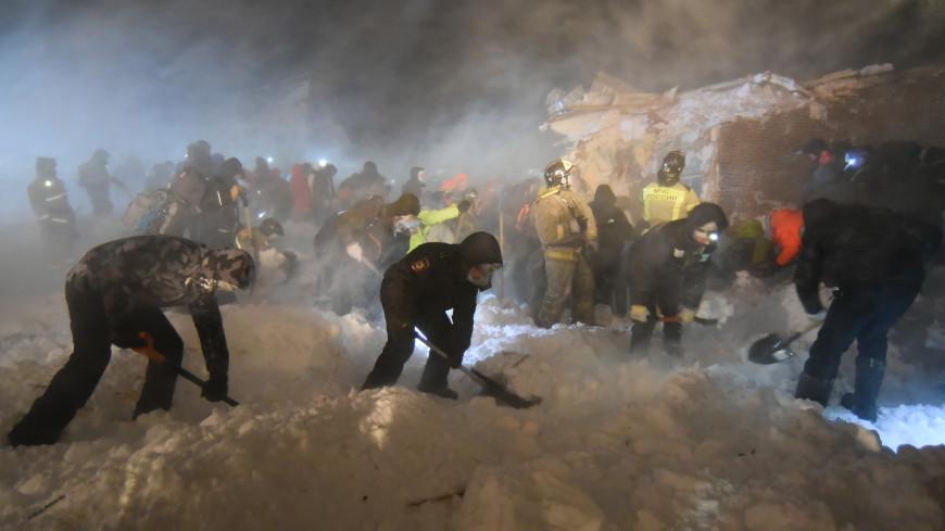 На месте схода лавины в Норильске нашли тело ребенка