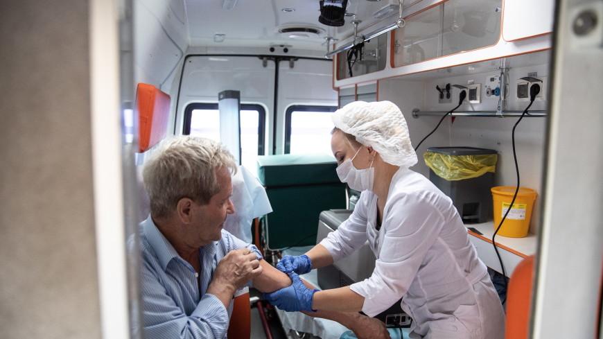 В Москве появятся выездные пункты вакцинации от COVID-19