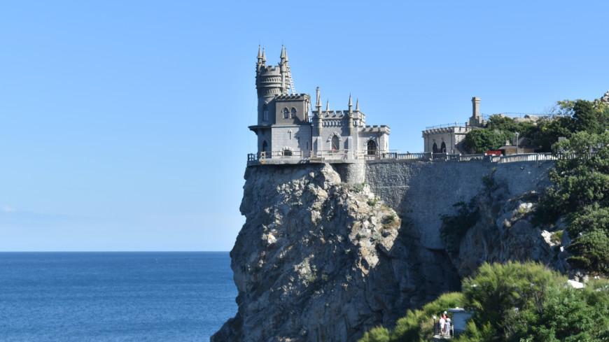 Тайны крымских дворцов: мистические послания, сатанистские символы или чудеса архитектурного гения?