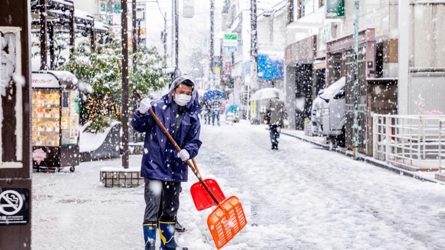 Более 60 человек погибли в Японии во время уборки снега