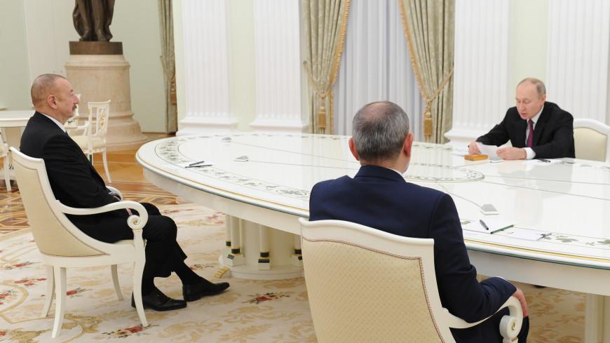 Путин, Алиев и Пашинян подписали совместное заявление о развитии Нагорного Карабаха