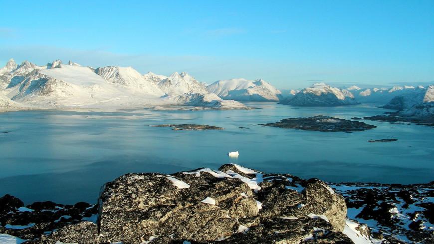 Канадские ученые заявили об угрозе таяния самого древнего в мире льда
