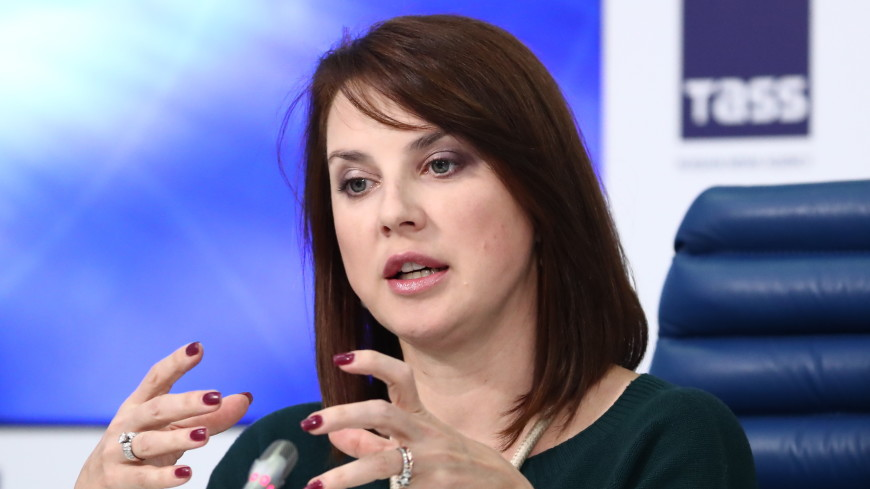 Фигуристка Ирина Слуцкая рассказала о судьбе брошенных на лед подарков