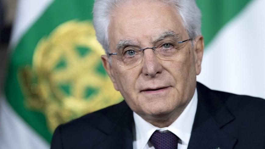 Президент Италии после начала правительственного кризиса встретился с психотерапевтами