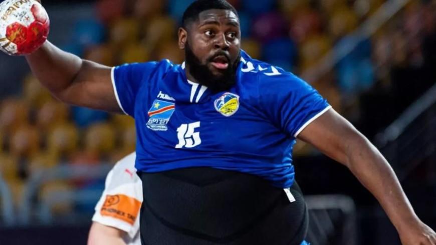 Спортдайджест: гандболист с «пивным» животом стал звездой чемпионата мира