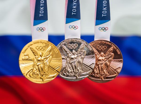 Российские саблистки завоевали золото ОИ-2020 в командном турнире