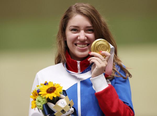 Завоевавшей две олимпийские медали Бацарашкиной присвоили звание лейтенанта