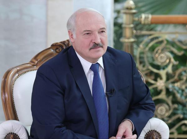Лукашенко: Европа провоцирует начало Третьей мировой войны