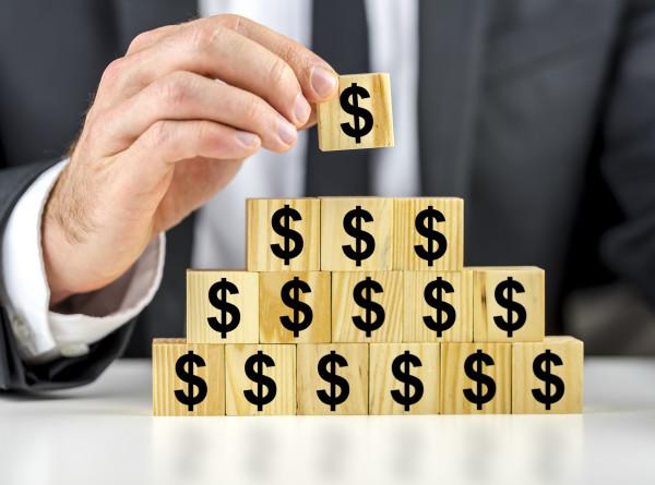 Дело «МММ» в новой упаковке, или Почему финансовые пирамиды не теряют популярности и в наши дни?