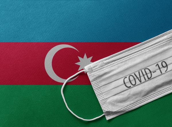 В Азербайджане вводят COVID-паспорта в ресторанах, ТЦ и гостиницах