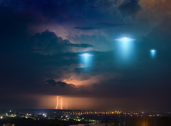 Ученые из Гарварда запустят проект для поиска НЛО