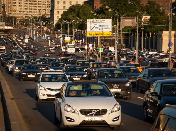 МВД: камеры не отслеживают несоблюдение дистанции на дорогах