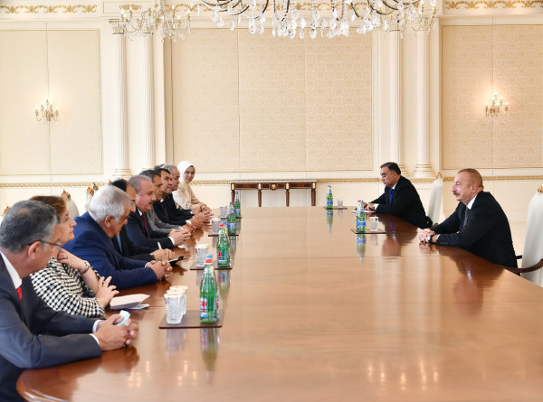 Ильхам Алиев встретился со спикерами парламентов Турции и Пакистана