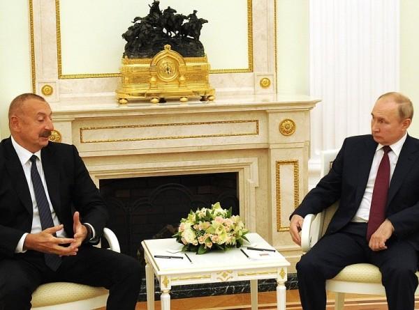 Путин и Алиев обсудили в Москве экономическое сотрудничество и борьбу с COVID-19
